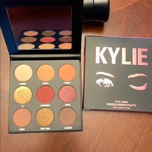 Kylie Jenner Pressed Powder Palate
